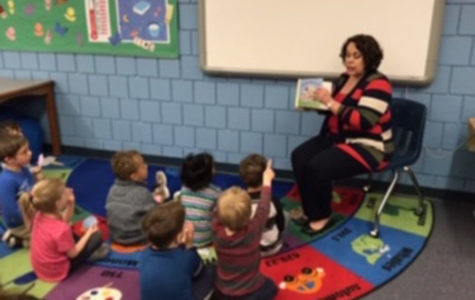 Ms. Buckley Reads to the Mini Mustangs